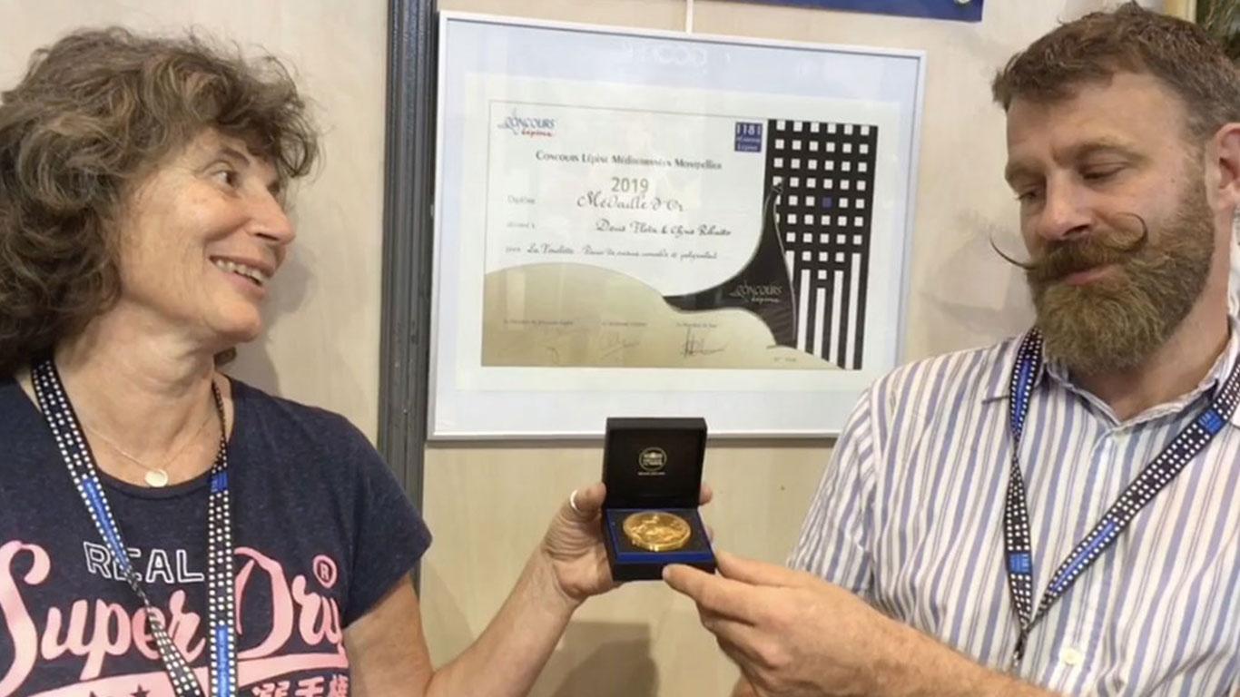 Les inventeurs du réchaud Fouclette reçoivent la médaille d'or au concours Lépine